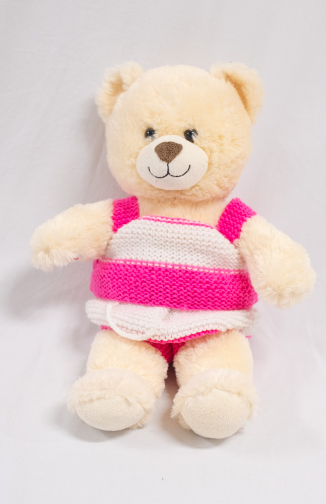 yeetin chow_annesley house haberfield rac_knitted teddy clothes